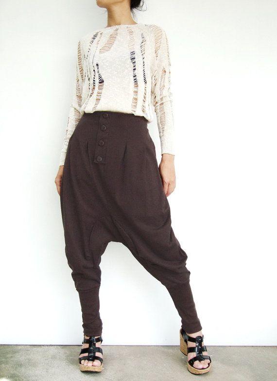 Funzione di pantaloni di cotone jersey harem infila un cavallo cavallo goccia con gambe dei pantaloni affusolati, davanti a pieghe dettagliata, due