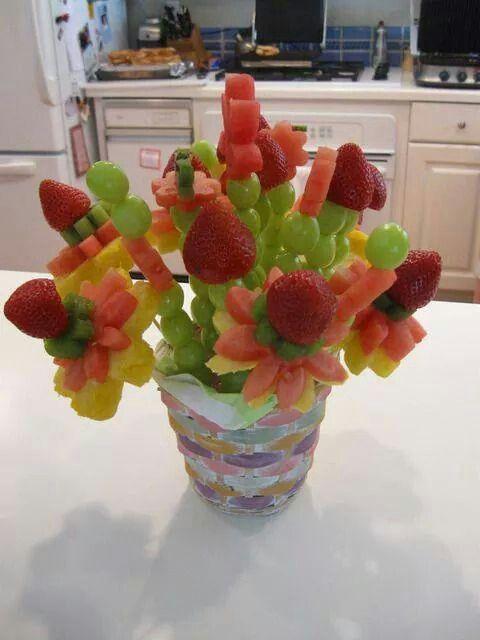 Leeker Vrugte Stokkies In 2019 Fruit Gezonde Verjaardag En Verjaardag Traktaties