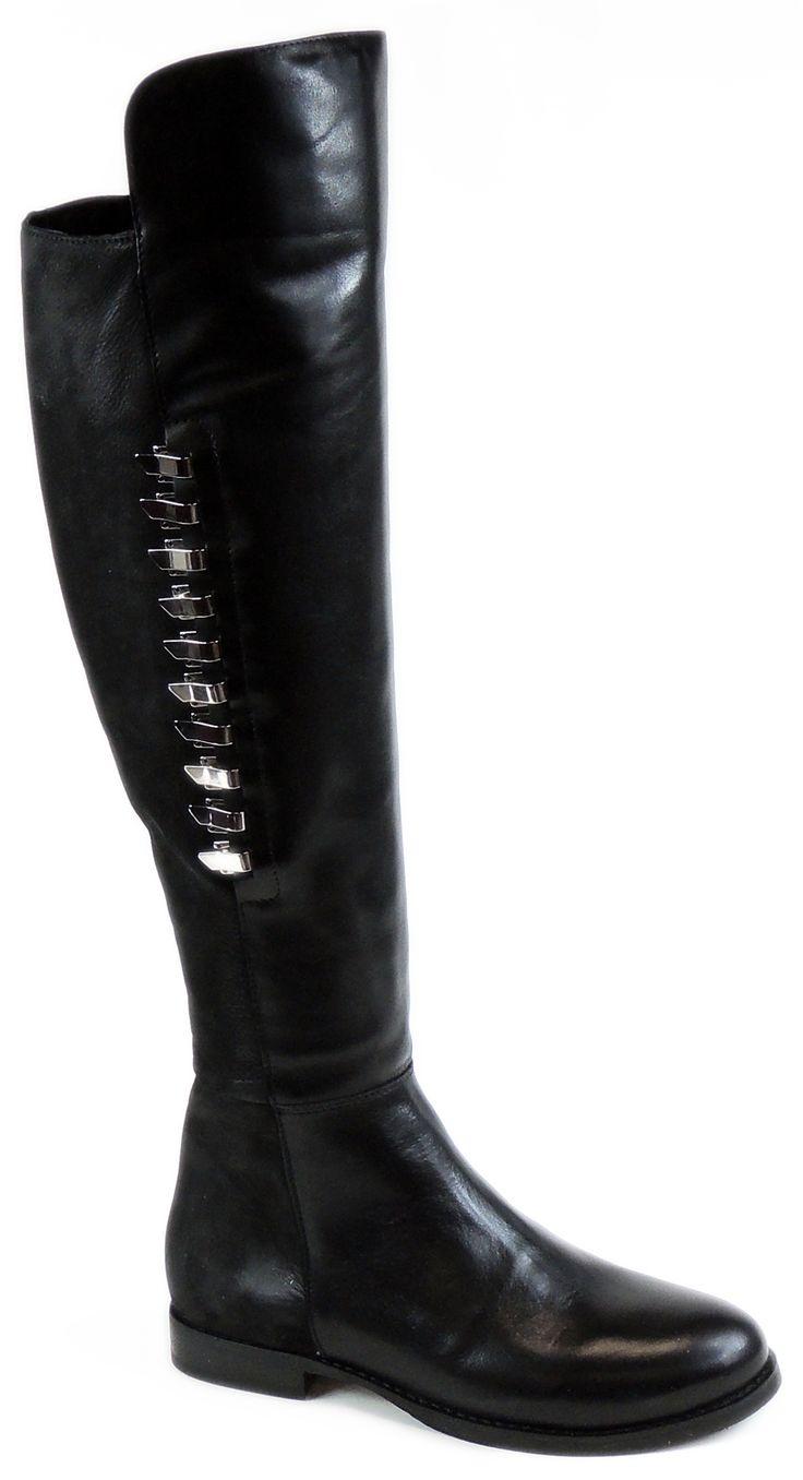 Wybierz modne kozaki za kolano Intershoe - buty, które mogą zwalić z nóg!  http://www.intershoe.com.pl/kozaki-3630149d