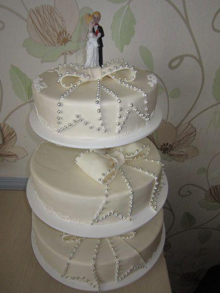 Торт на подставке свадьба