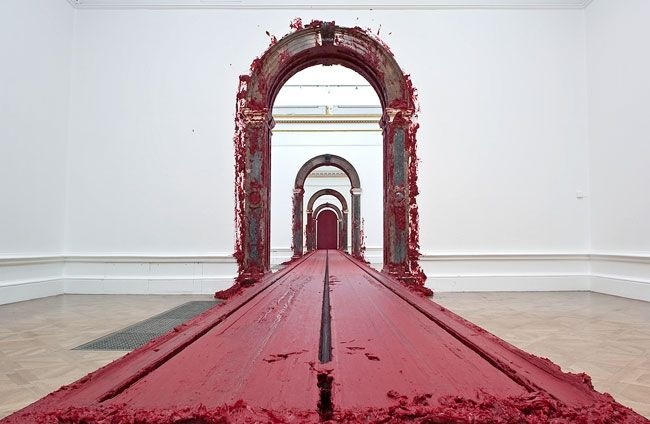 Anish Kapoor - Svayambh (which translated from Sanskrit means 'self-generated'), a 1.5 metre block of red wax that moved on rails through the Nantes Musée des Beaux-Arts as part of the Biennale estuaire; this piece was shown again in a major show at the Haus Der Kunst in Munich and in 2009 at the Royal Academy in London