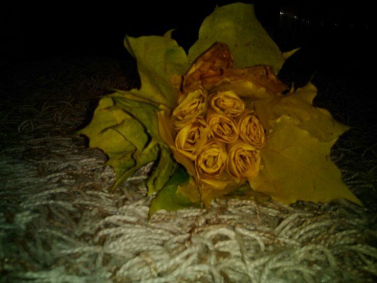 kytka z listů