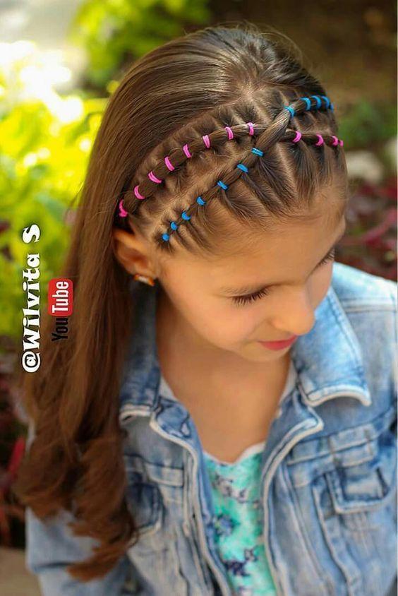 14 Schnelle und einfache Frisuren für Schul- / kleine Mädchen