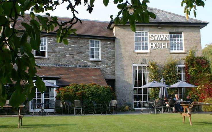 Read The Swan at Hay, Hay-on-Wye hotel review on Telegraph Travel. See great photos, full ratings, facilities, expert advice and book the best hotel deals. (Also reviewed in the Guardian 29 April 2017)