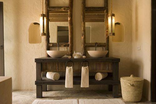 Éviers doubles à la salle de bain