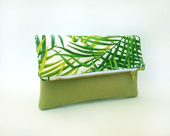Green handbag, Summer clutch bag, Tropical fold over clutch bag, Sac ete, Folded bag, Faux leather bag palm leaf, Pochette, Foldover bag