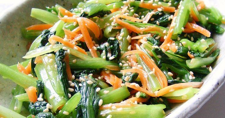★1000レポ感謝★たっぷりの小松菜も、茹でてナムル風にすればモリモリ♪ 中華だしとごま油で、しっかり味がきまります!