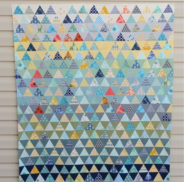 Hyacinth Quilt Designs- Wow!: Scrap Quilts, Hyacinth Quilts, Quilt It Triangles, Triangle Quilts, Building Pyramids Good, Pyramid Quilt, Diamond Quilts