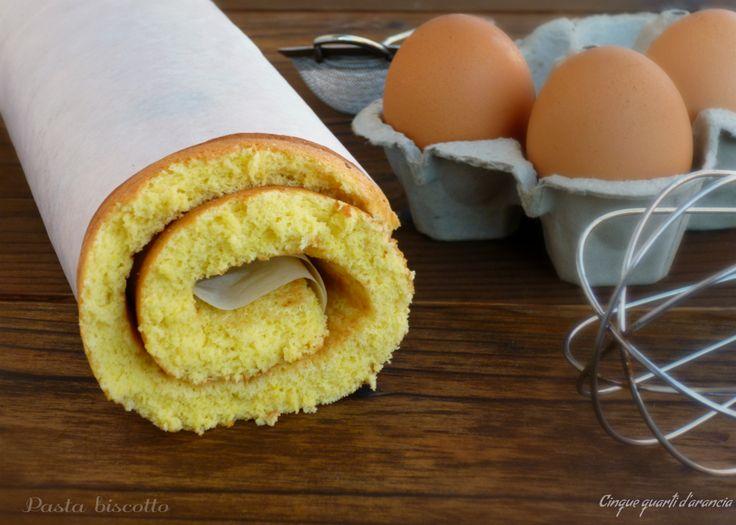 La pasta biscotto è una preparazione base usata nella pasticceria per realizzare deliziosi rotoli, da farcire come più vi piace, ma anche base per torte e