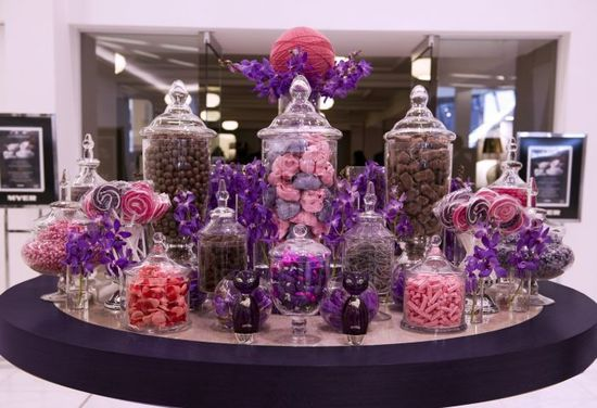 Katy Perry's purple candy buffet | http://sweetpartygoods.blogspot.com