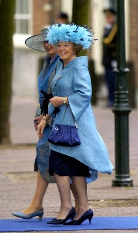 Queen Beatrix leaving the church after the wedding of her son Prince Johan Friso and Mabel Wisse in Delft on 24 April 2004.