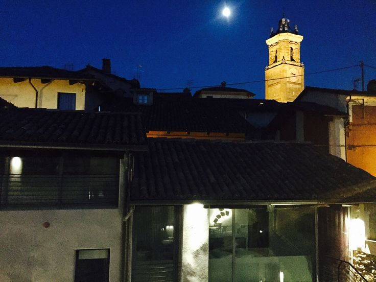 The moon at UVE Rooms & Wine Bar
