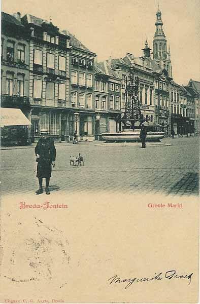 Ansichtkaart oud Breda. Toen stond deze fontein nog op de grote markt
