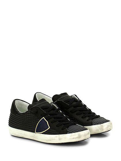PHILIPPE MODEL PARIS - Sneakers - Donna - Sneaker in pelle con effetto borchie su tomaia e suola in gomma effetto vintage. Tacco 25. - BLACK - € 194.00