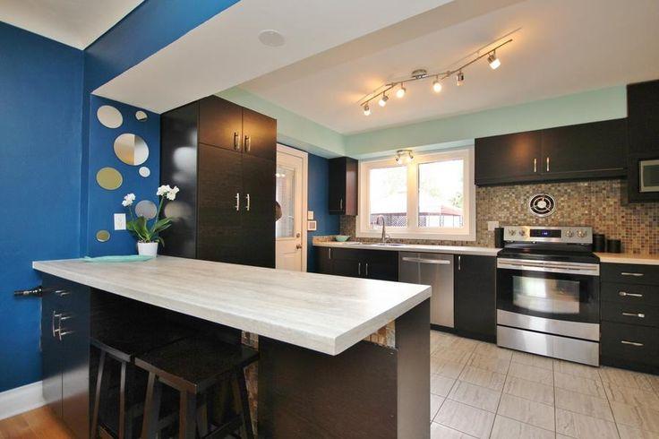 Open kitchen with lots of cupboard space. #Ottawa #ottawarealestate 2086 Killarney Drive