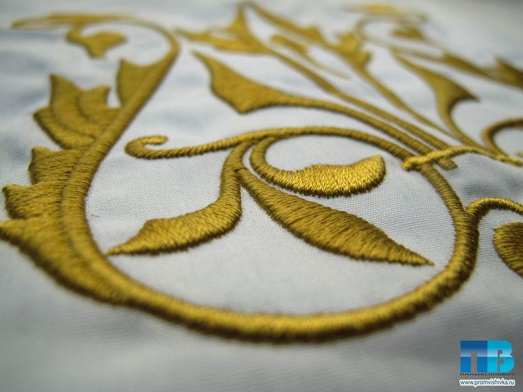 Вышивка узора на салфетке #embroidery