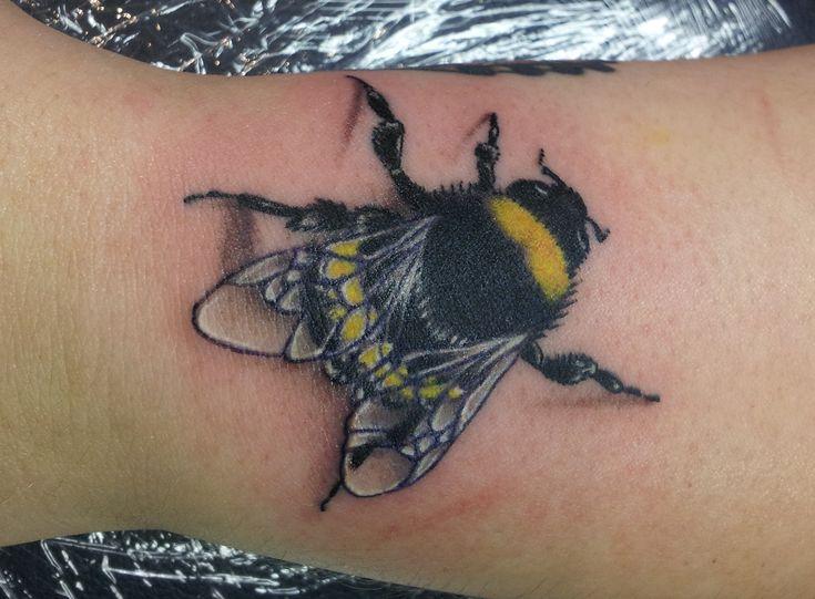 Cesar S New Tattoos Bumble Bee Body Garden Tattoo