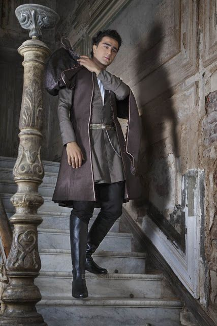 65 best images about georgische traditionelle kleidung on pinterest medieval costumes and inspo. Black Bedroom Furniture Sets. Home Design Ideas