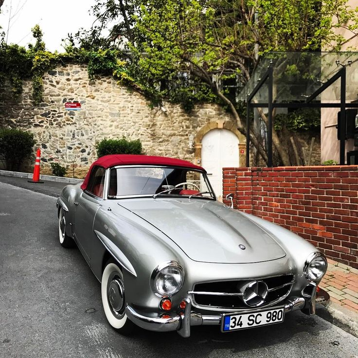Mercedes Benz #190SL. Pic via instagram / #190SLRestorations #BruceAdams190SL