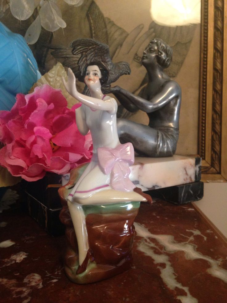 Le chouchou de ma boutique https://www.etsy.com/fr/listing/469606691/antique-fasold-stauch-flapper-lady-pin