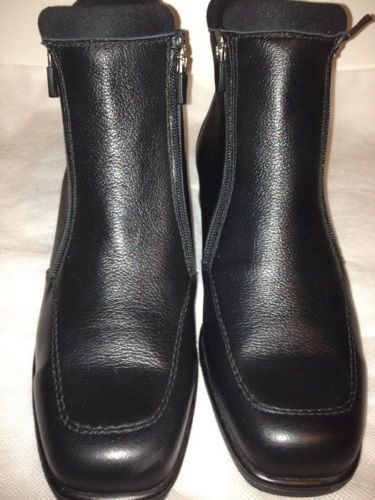 Contoura Sport Waterproof Winter Black Leather Ankle Boot Size 9 Sale $150.00. Note they run large fit like 9.5. Contoura Sport handcrafted waterproof leather boots are exclusively designed for the chic stylish woman looking for superior comfort. Gorgeous high quality full grained black leather with detailed stitching covers the square toe boot. These Eye-catching, waterproof, warm boots are fully lined with black faux fur, perfect for braving the cold winter elements in style.