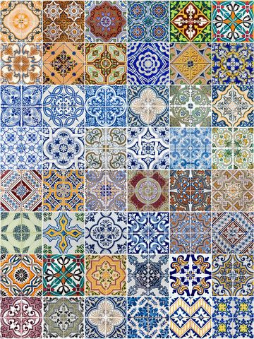 VLOER // tegeltjes Portuguese Pottery Tiles. They are beautiful and used outside and inside.