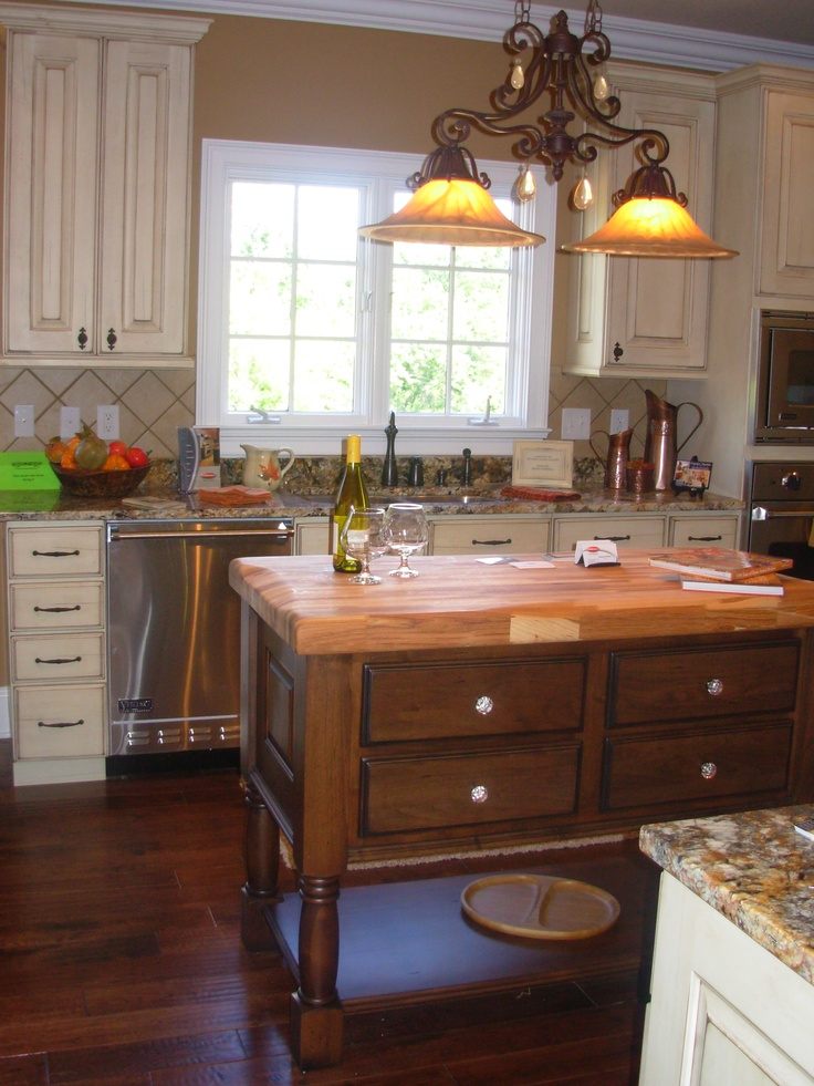 Butcher Block Island, Luxe Homes U0026 Design, Frank Betz Ingrams Mill, Cream  Distress