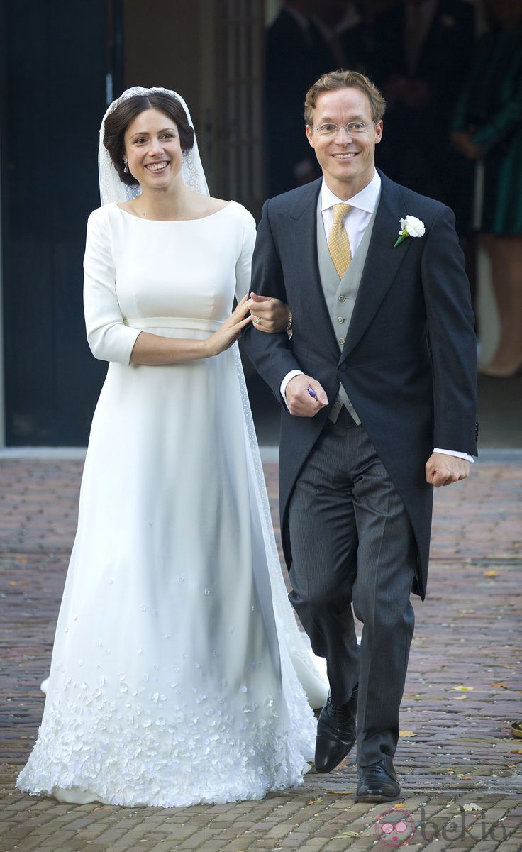 Jaime de Borbón-Parma y Viktória Cservenyák tras su boda