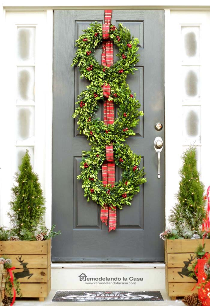 Best 25+ Boxwood wreath ideas on Pinterest   Green wreath ...