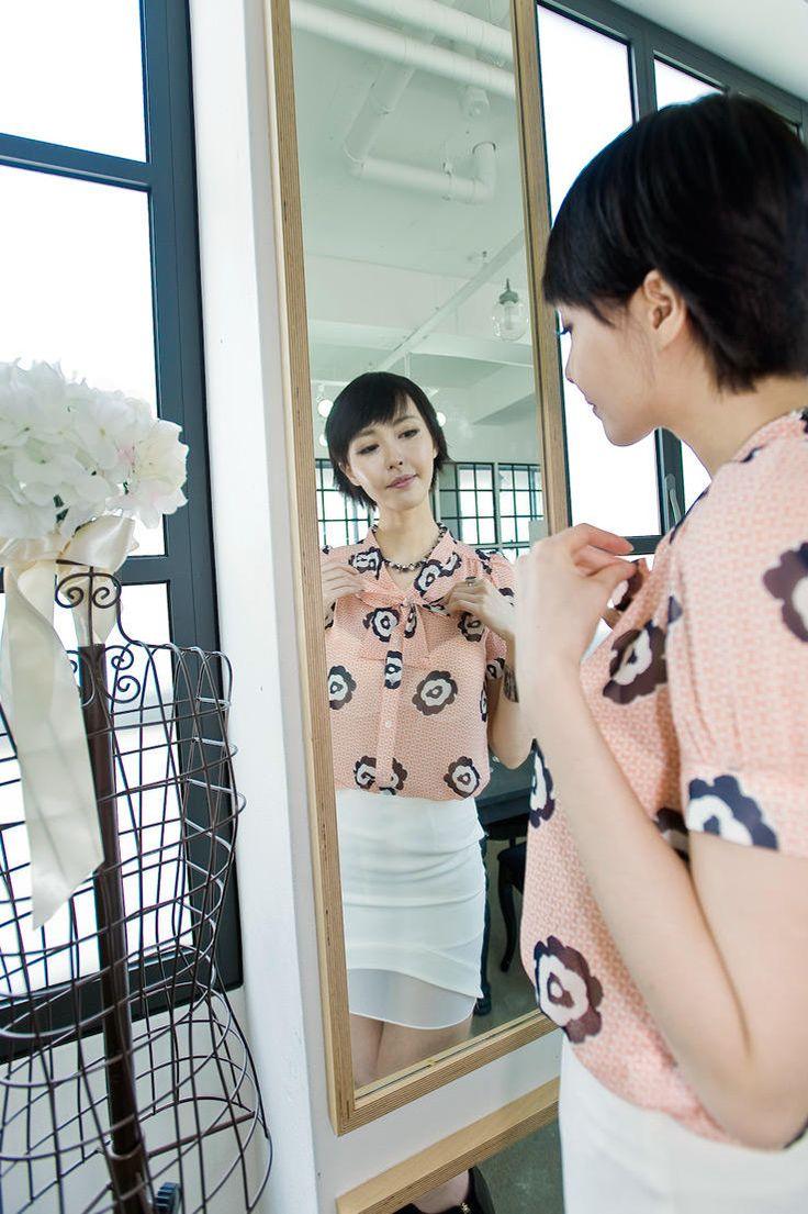 flower motif ribbontie blouse from Kakuu Basic. Saved to Kakuu Basic Blouses & Shirts.