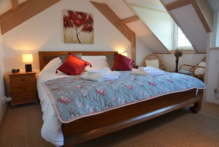 'Crow's Nest' super king size bed with en suite bath and shower bathroom.