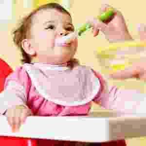 12 receitas de papinhas para bebês criadas por dupla de chefs...