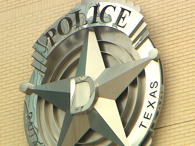 """#Dallas #Police #Official Reports """"Mass Exodus"""" Of Officers In Past Month..."""