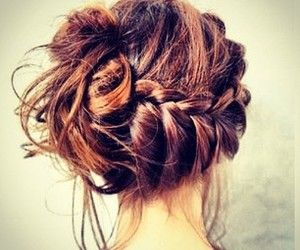 I absolutely love this out of all i've seen. Messy bun + braid = CUTENESS