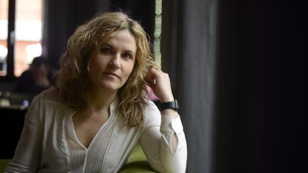 Silvia Congost, psicóloga autora del libro «Si duele, no es amor», aboga por eliminar todo tipo de sufrimiento de las relaciones sentimentales
