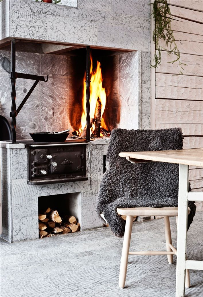 <p>Today in TrendHome we're taking you inside a Swedish mountain house built as a traditional log cabin for weekend/holiday getaways. The home features local timber and a geothermal-heated stone