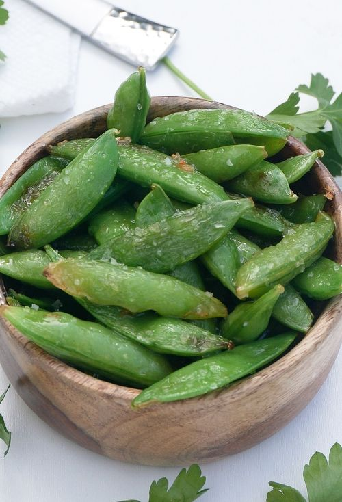 This quick seared sugar snap peas recipe make a great snack! Simple ...