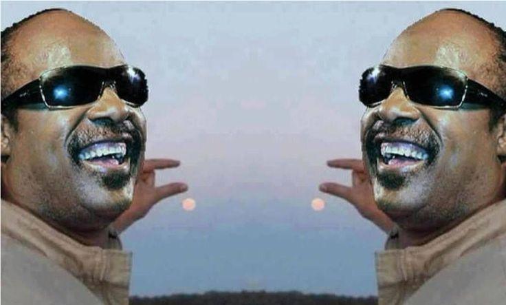 Stevie Wonder | Epic Fail Selfie