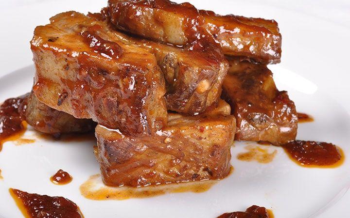 Свиная вырезка в медово-горчичном маринаде