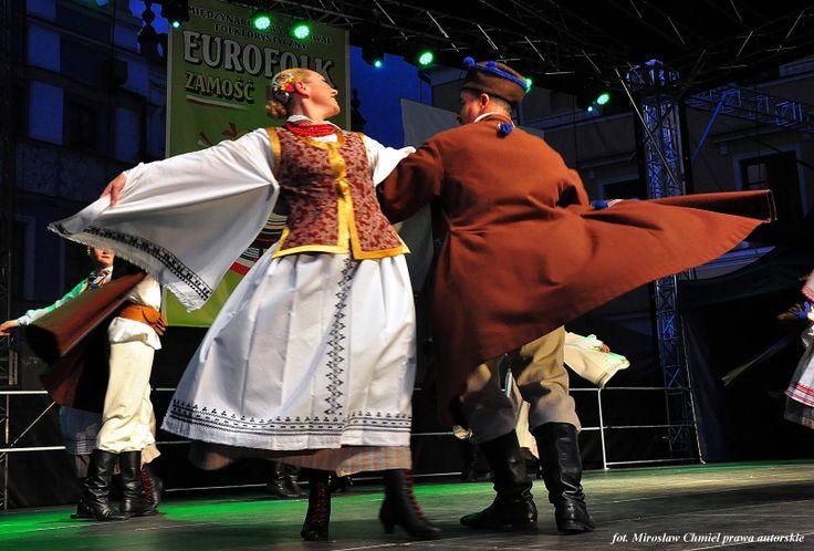 Regional costumes from Biłgoraj, Poland.