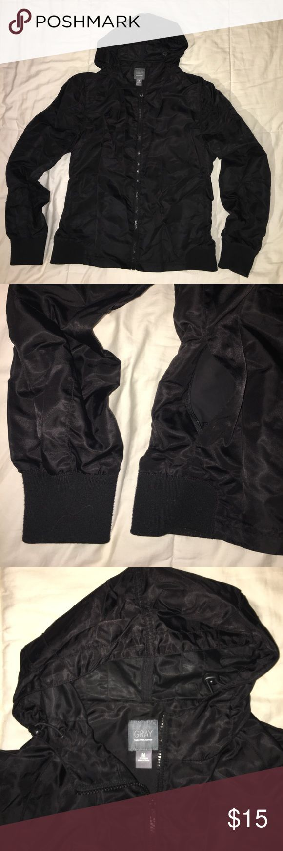 US-M Saks Off 5th LiteWeight WaterResistant Jacket Gently Used Jackets & Coats Lightweight & Shirt Jackets