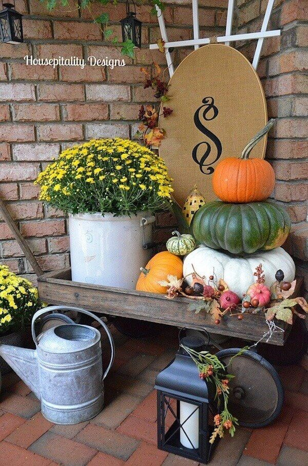 25 Inexpensive Fall Porch Decorating Ideas Designs For Your Lovely Home Fall Decorations Porch Porch Decorating Fall Porch
