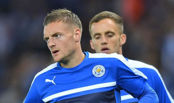 These Arsenal players would have loved it if Jamie Vardy joined claims Stan Collymore   via Arsenal FC - Latest news gossip and videos http://ift.tt/2e0w57J  Arsenal FC - Latest news gossip and videos IFTTT