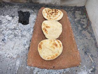 Las Churrascas son un Pan Rápido cocinado en la parrilla de asados o en una chapa calentada sobre carbones, es un pan oriundo de la ciudad de Talca y sus a