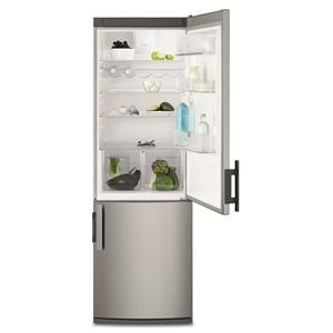 ELECTROLUX - EN3450COX _ Réfrigérateur Combiné - Réfrigérateur : 245 L - Dégivrage automatique - Froid brassé FreeStore : assure un niveau d'humidité optimal - Clayette porte-bouteilles - Clayettes verre - Compartiment basse température CrispFresh avec contrôle d'humidité : conserve la saveur et le croquant de vos fruits et légumes plus longtemps - Eclairage LED. Congélateur No-Frost : 78 L - 3 tiroirs - Fonction Super congélation. Régulation électronique - Finition inox anti-trace.