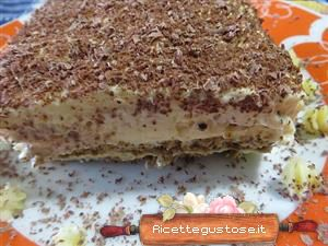 tiramisu alla crema chantilly