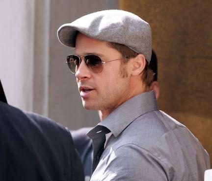 1. BOINAS.- Solo es válido si tienes 60 años, pero por lo demás si ni a Brad Pitt le queda, no hagas el intento.