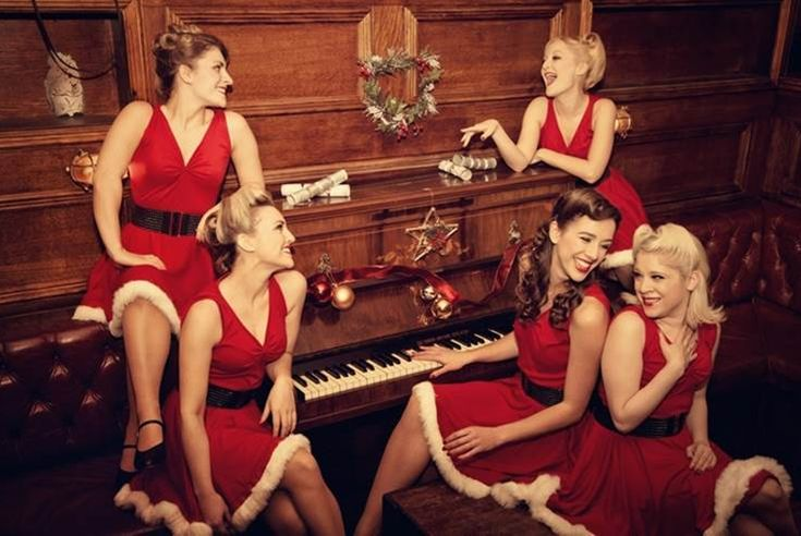 When is the best time to book entertainment for your Christmas party? | Sternberg Clarke