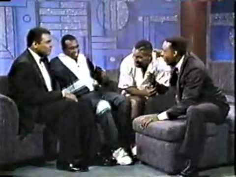 1990: Arsenio Hall interview w/ Mummad Ali, Sugar Ray Leonard & Mike Tyson