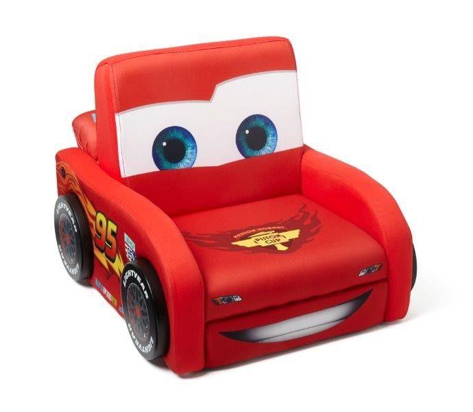 Poltroncina Disney Cars Sagomata Saetta McQueen in legno imbottita, arredo cameretta bambini, divani e poltrone - TocTocShop.com -